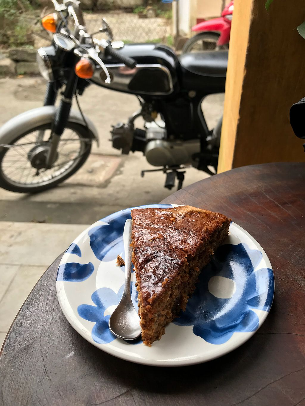 """Photo of Rosie's Cafe  by <a href=""""/members/profile/vegetariangirl"""">vegetariangirl</a> <br/>Vegan carrot cake <br/> January 20, 2018  - <a href='/contact/abuse/image/77938/348754'>Report</a>"""