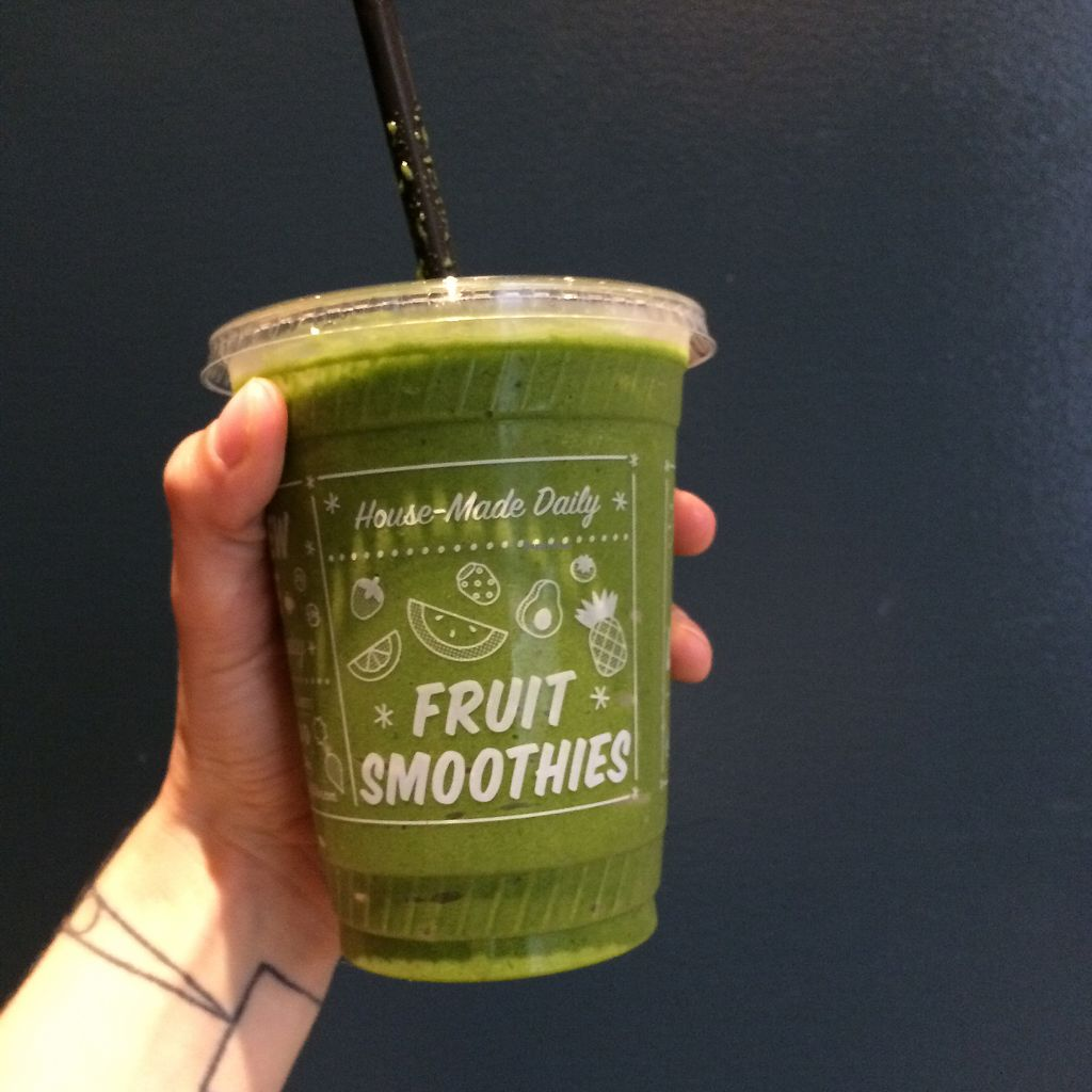 """Photo of By Chloe - Flatiron  by <a href=""""/members/profile/KatieBush"""">KatieBush</a> <br/>Green Day smoothie <br/> August 28, 2017  - <a href='/contact/abuse/image/77964/298441'>Report</a>"""