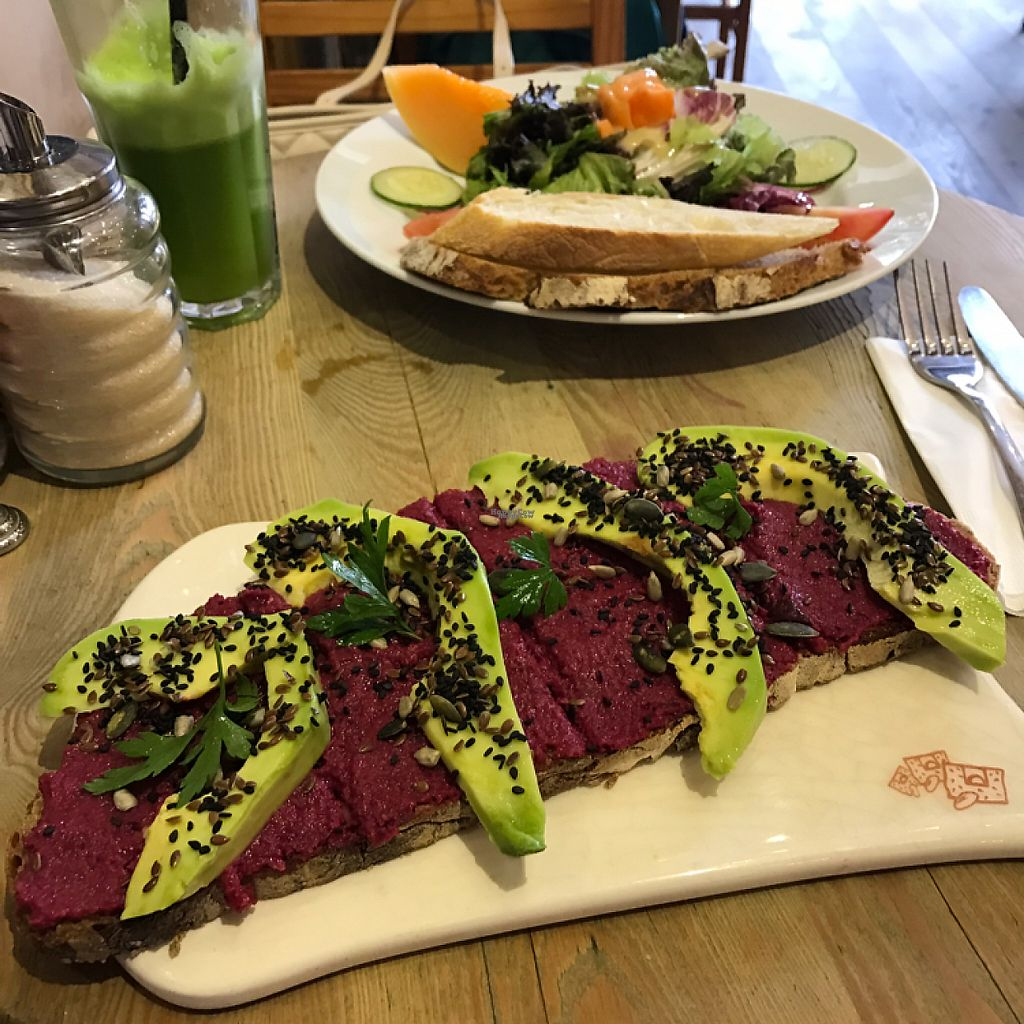 """Photo of Le Pain Quotidien - Vila Madalena  by <a href=""""/members/profile/Paolla"""">Paolla</a> <br/>Vegan tartine, green juice and salad <br/> April 12, 2017  - <a href='/contact/abuse/image/78021/247411'>Report</a>"""
