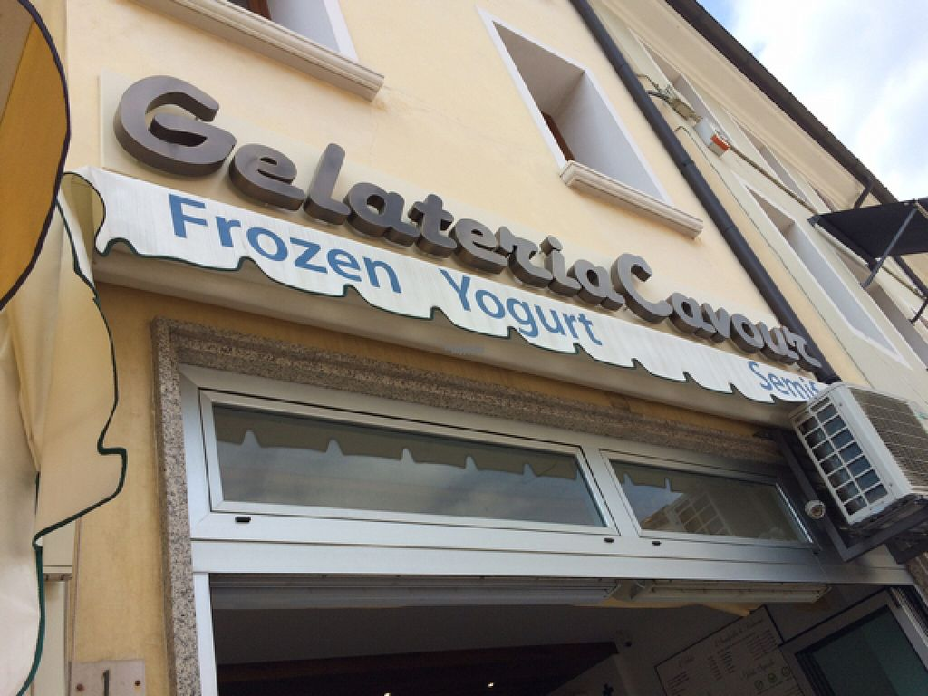 """Photo of Gelateria Cavour  by <a href=""""/members/profile/amn060708"""">amn060708</a> <br/>Gelato Store <br/> August 5, 2016  - <a href='/contact/abuse/image/78046/165822'>Report</a>"""