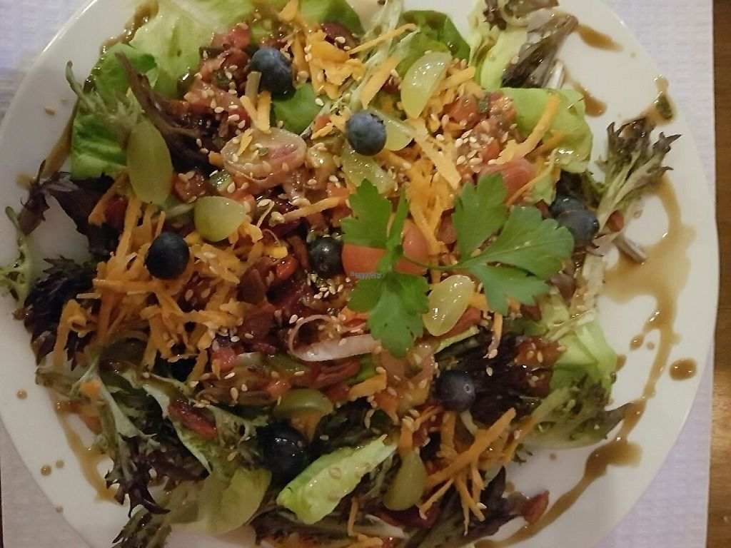 """Photo of Casa da Rosa  by <a href=""""/members/profile/M%C3%BCllerb%C3%A6"""">Müllerbæ</a> <br/>The Vegan version of the salad <br/> March 16, 2017  - <a href='/contact/abuse/image/78048/241442'>Report</a>"""