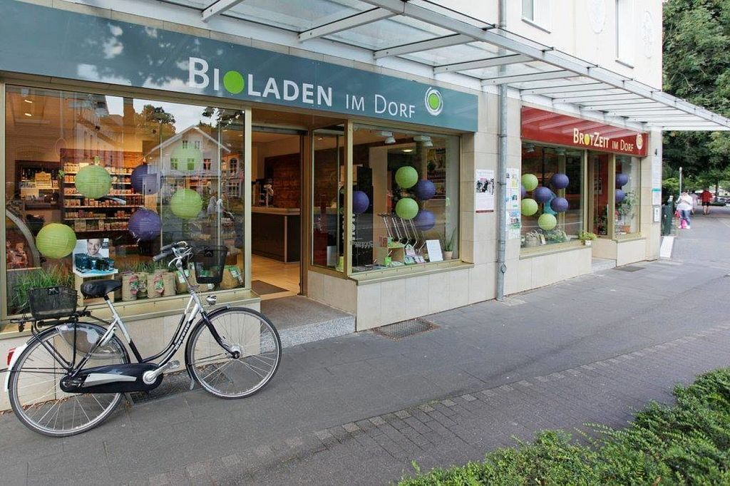 """Photo of Bioladen im Dorf  by <a href=""""/members/profile/Meaks"""">Meaks</a> <br/>Bioladen im Dorf <br/> August 12, 2016  - <a href='/contact/abuse/image/78104/167910'>Report</a>"""