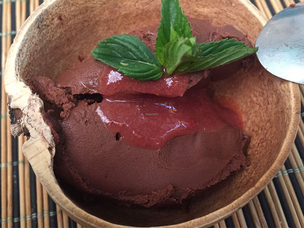 "Photo of La Jicara  by <a href=""/members/profile/SinzianaK"">SinzianaK</a> <br/>Chocolate mousse in a coconut shell  <br/> December 30, 2017  - <a href='/contact/abuse/image/78114/340702'>Report</a>"