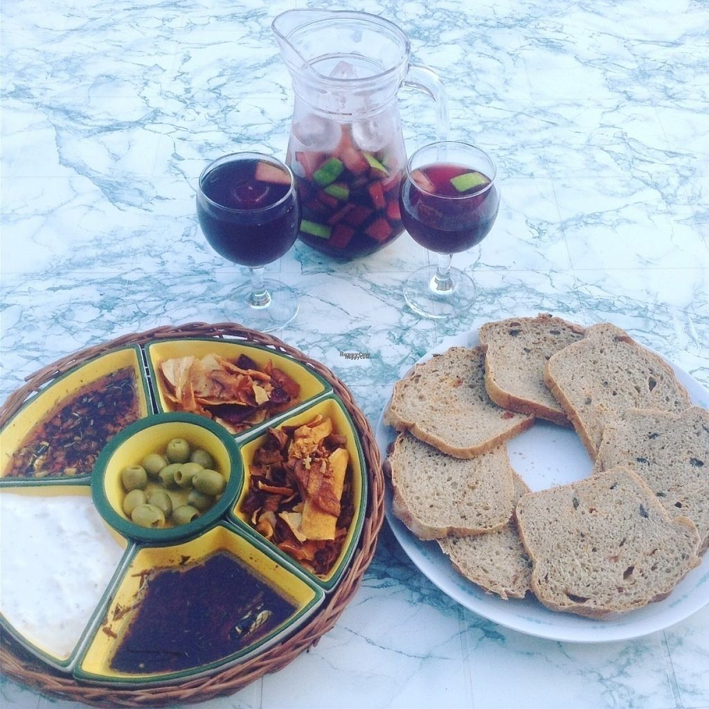 """Photo of The Hidden Veggie Kitchen  by <a href=""""/members/profile/veggiekitchenfr"""">veggiekitchenfr</a> <br/>Homemade bread and dipping oils with vegetable crisps. Yummy <br/> August 6, 2016  - <a href='/contact/abuse/image/78159/166339'>Report</a>"""