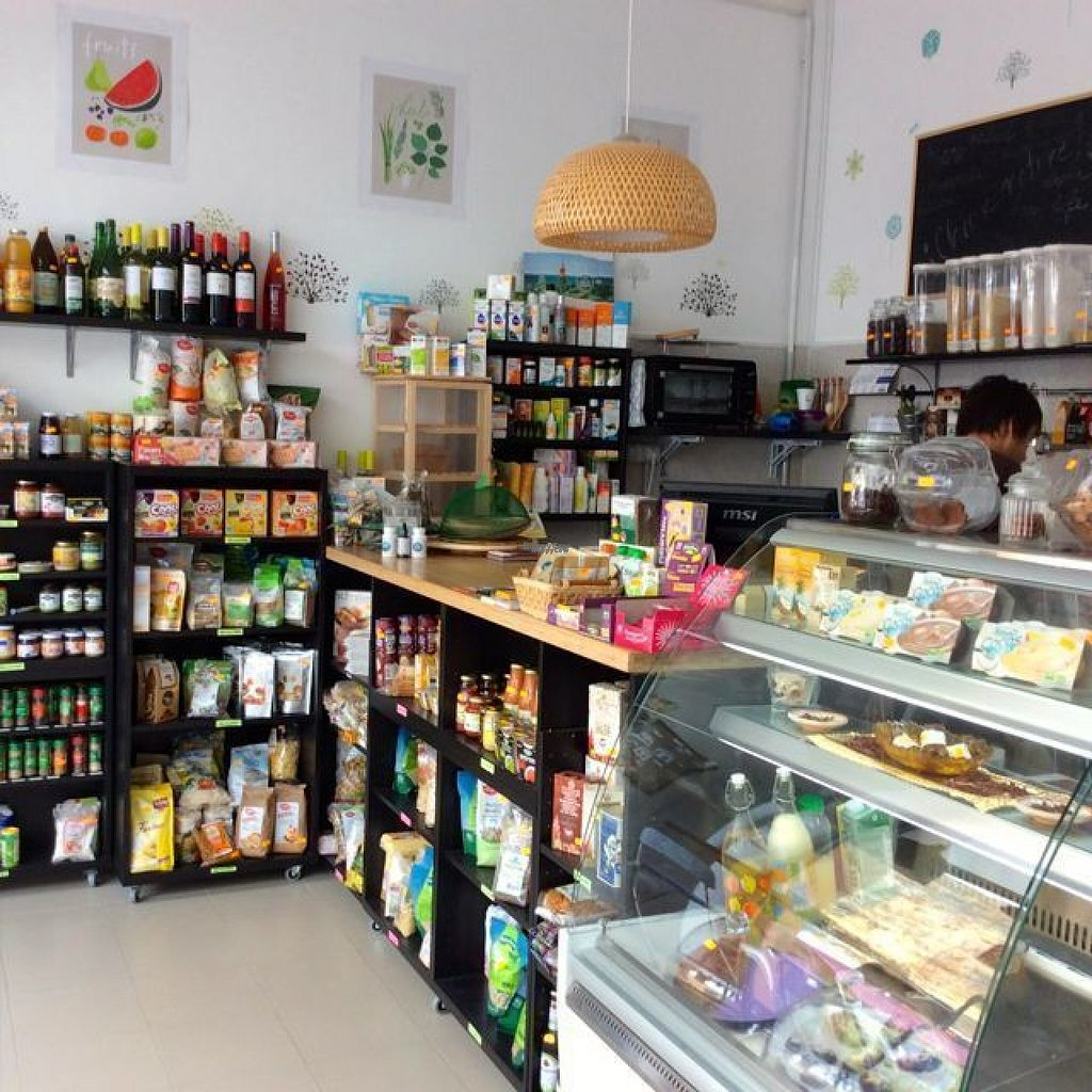 """Photo of Veg Art  by <a href=""""/members/profile/trinitybourne"""">trinitybourne</a> <br/>Small health store with freshly made food to go or eat on the terrace <br/> August 8, 2016  - <a href='/contact/abuse/image/78170/166812'>Report</a>"""