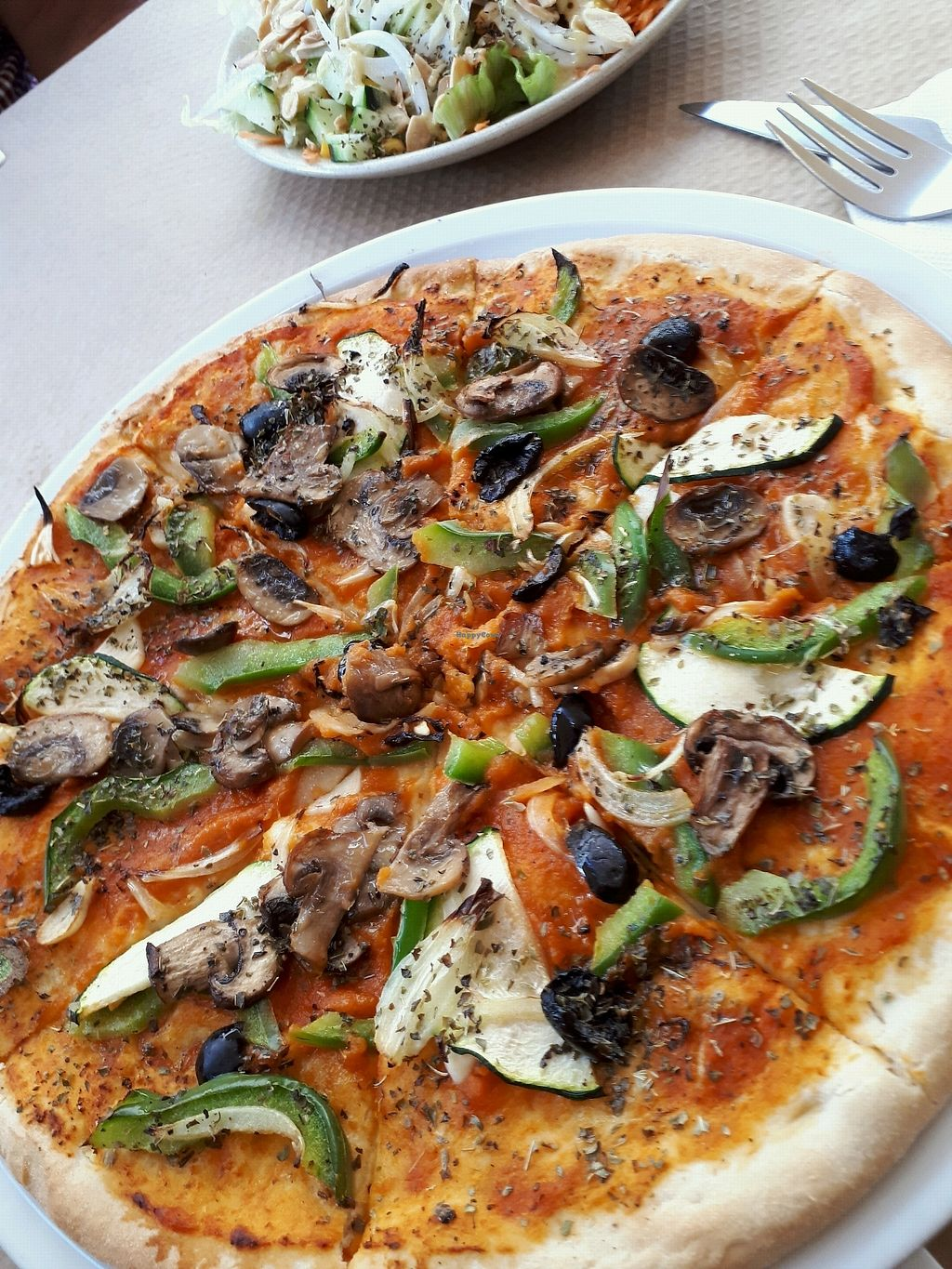 "Photo of Cafe e Companhia  by <a href=""/members/profile/JanyKosa"">JanyKosa</a> <br/>vegan Pizza  <br/> April 18, 2018  - <a href='/contact/abuse/image/78197/387708'>Report</a>"