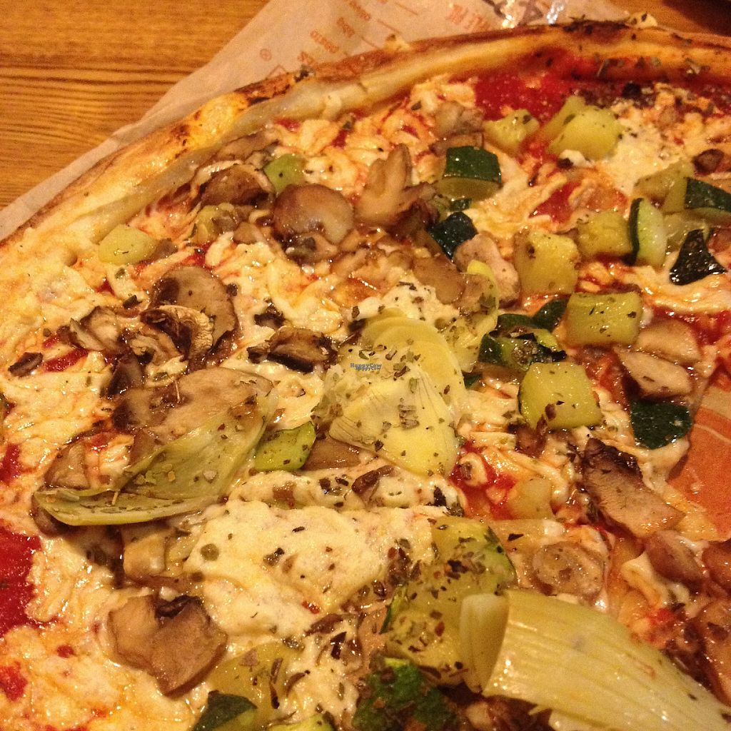 """Photo of Blaze Pizza  by <a href=""""/members/profile/mep"""">mep</a> <br/>Customized a vegan pizza with Daiya cheese, artichokes, and mushrooms <br/> January 12, 2017  - <a href='/contact/abuse/image/78223/211272'>Report</a>"""