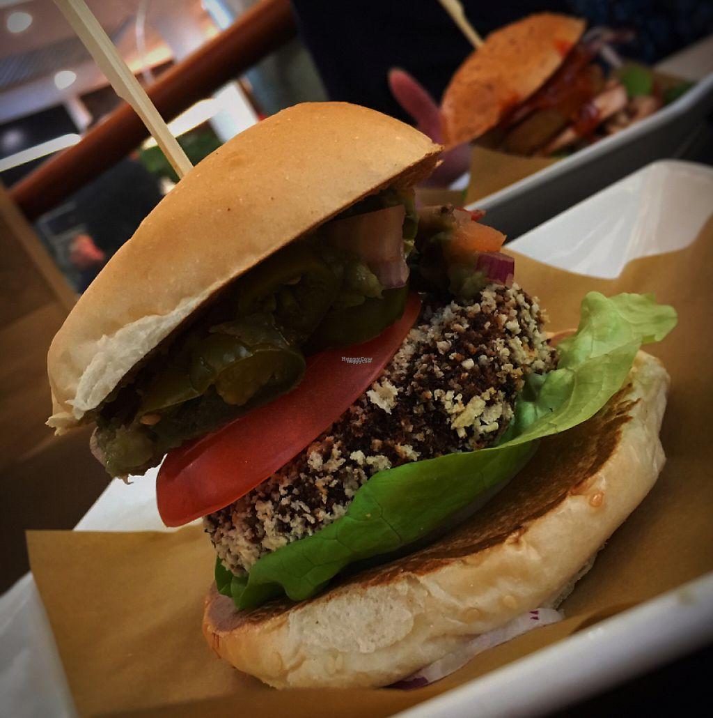 "Photo of CLOSED: Handmade Burger Co. - Braehead   by <a href=""/members/profile/hefafa"">hefafa</a> <br/>Veg-Mex Burger <br/> February 10, 2017  - <a href='/contact/abuse/image/78247/224898'>Report</a>"