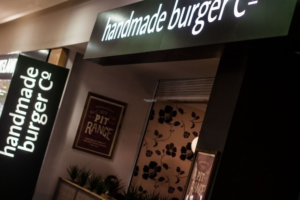 """Photo of Handmade Burger Co.  by <a href=""""/members/profile/Meaks"""">Meaks</a> <br/>Handmade Burger Co <br/> August 8, 2016  - <a href='/contact/abuse/image/78256/167041'>Report</a>"""