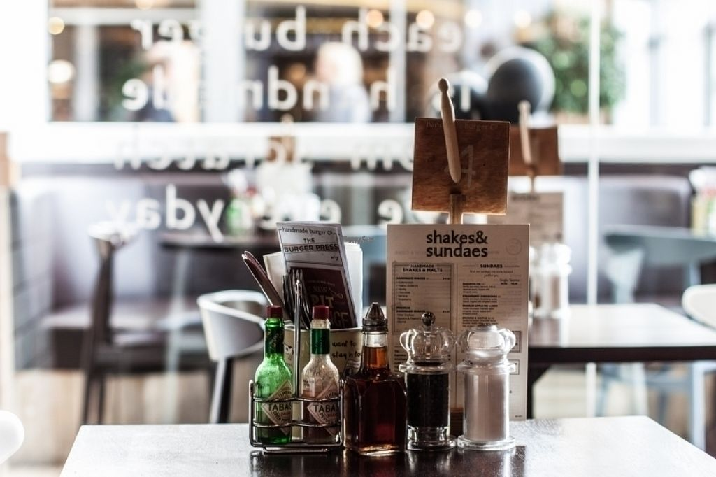 """Photo of CLOSED: Handmade Burger Co. - White Rose  by <a href=""""/members/profile/Meaks"""">Meaks</a> <br/>Handmade Burger Co <br/> August 8, 2016  - <a href='/contact/abuse/image/78258/167081'>Report</a>"""