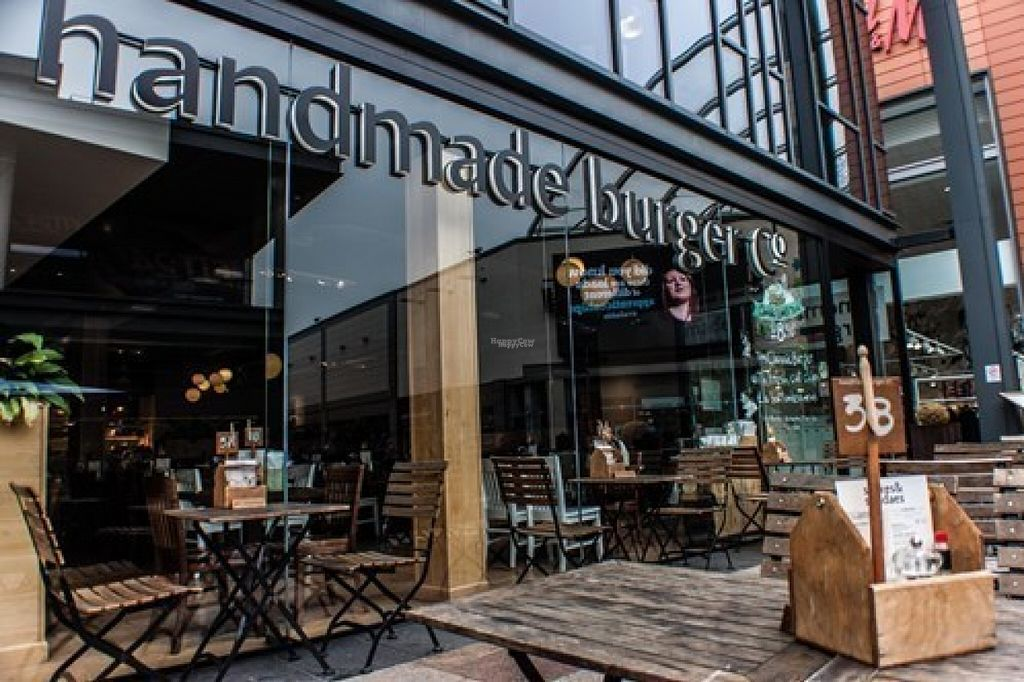 """Photo of CLOSED: Handmade Burger Co.  by <a href=""""/members/profile/Meaks"""">Meaks</a> <br/>Handmade Burger Co <br/> August 8, 2016  - <a href='/contact/abuse/image/78260/167034'>Report</a>"""