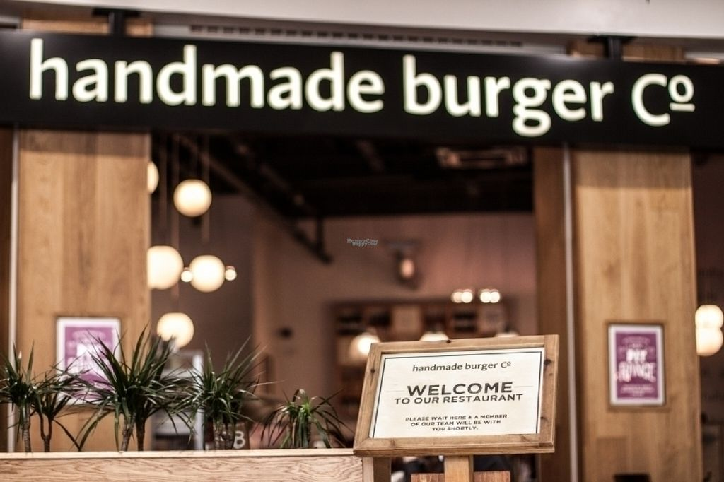 "Photo of CLOSED: Handmade Burger Co.  by <a href=""/members/profile/Meaks"">Meaks</a> <br/>Handmade Burger Co <br/> August 8, 2016  - <a href='/contact/abuse/image/78261/167083'>Report</a>"