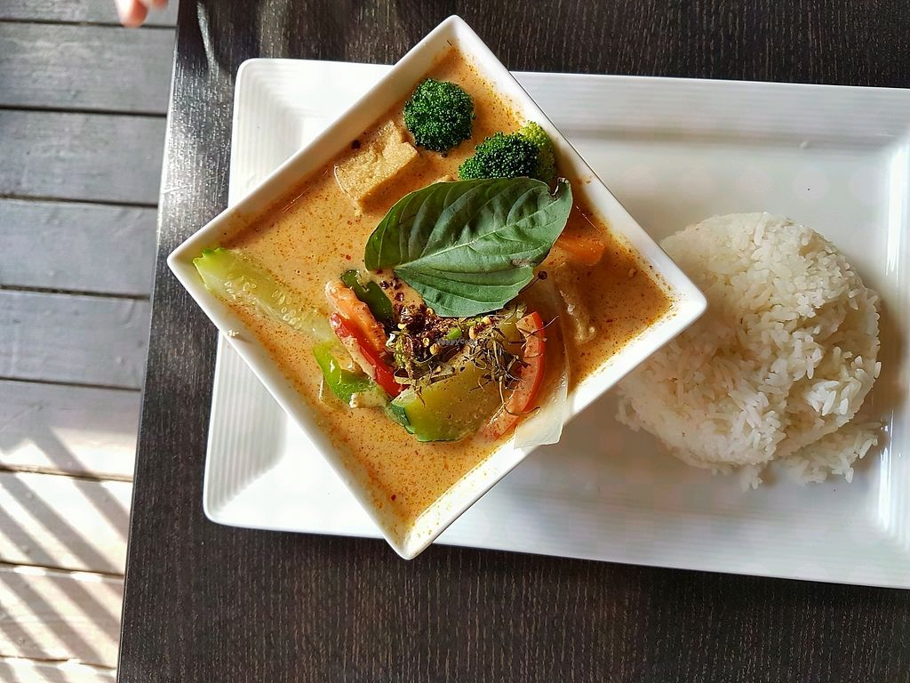 """Photo of Bangkok Happy Bowl  by <a href=""""/members/profile/uschiverena"""">uschiverena</a> <br/>vegan curry <br/> October 30, 2017  - <a href='/contact/abuse/image/78330/320068'>Report</a>"""