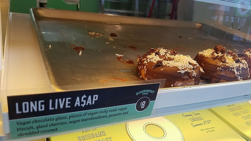 """Photo of CLOSED: Doughnut Time - Newtown  by <a href=""""/members/profile/eric"""">eric</a> <br/>vegan option <br/> November 7, 2017  - <a href='/contact/abuse/image/78342/322853'>Report</a>"""