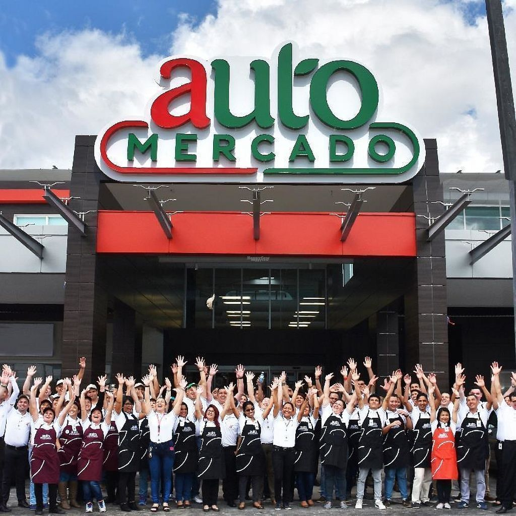 """Photo of Auto Mercado  by <a href=""""/members/profile/community"""">community</a> <br/>Auto Mercado <br/> February 12, 2017  - <a href='/contact/abuse/image/78418/225778'>Report</a>"""