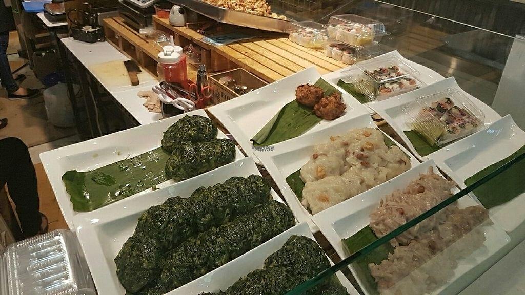 "Photo of Khun Ta J Food - Vegan Stall  by <a href=""/members/profile/trektheworld.tv"">trektheworld.tv</a> <br/>mmm <br/> December 30, 2016  - <a href='/contact/abuse/image/78444/206131'>Report</a>"