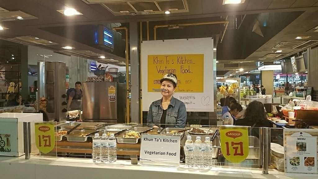 """Photo of Khun Ta J Food - Vegan Stall  by <a href=""""/members/profile/trektheworld.tv"""">trektheworld.tv</a> <br/>owner with food stall <br/> December 30, 2016  - <a href='/contact/abuse/image/78444/206133'>Report</a>"""