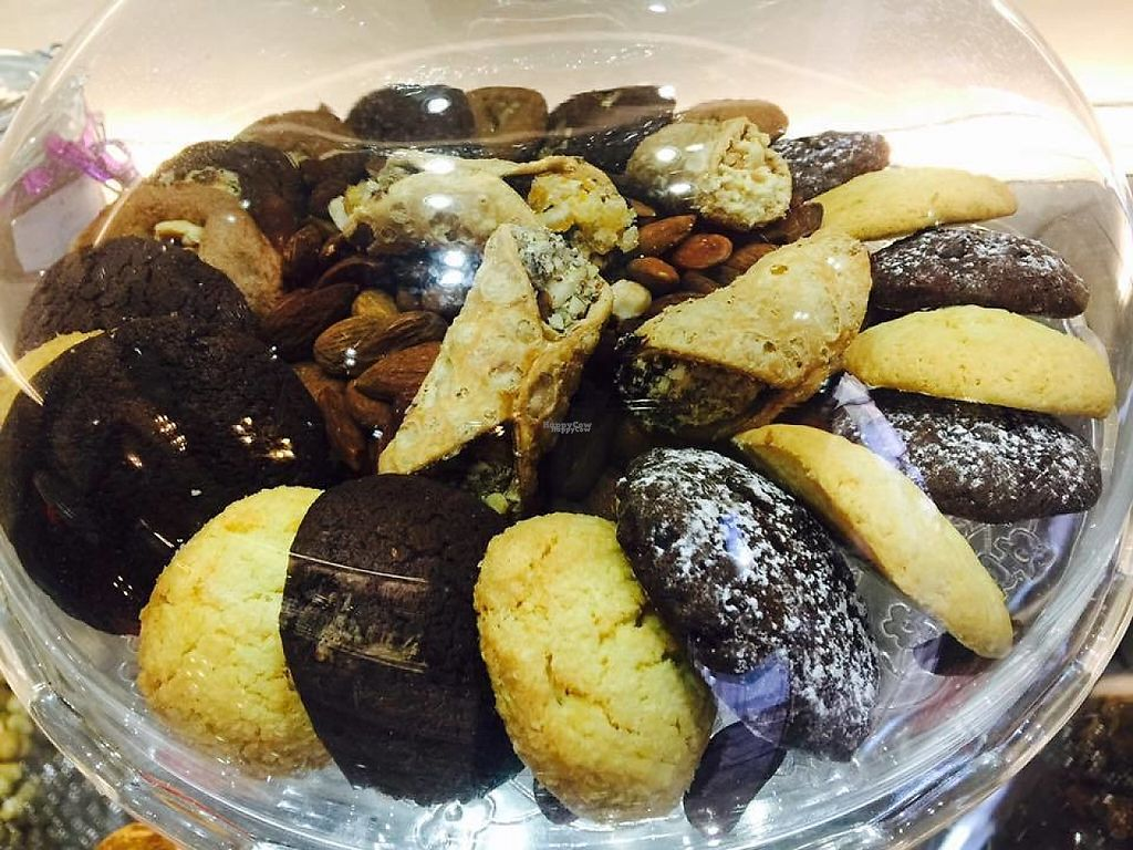 """Photo of Gelataria del Teatro  by <a href=""""/members/profile/community"""">community</a> <br/>Sweets, Nuts and Cookies <br/> March 5, 2017  - <a href='/contact/abuse/image/78456/232769'>Report</a>"""