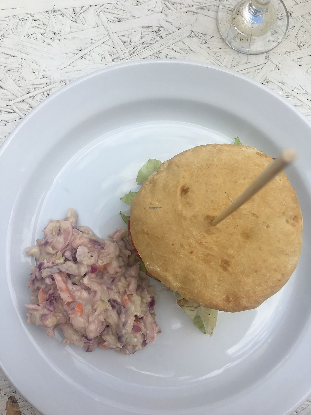 """Photo of Incruenti  by <a href=""""/members/profile/AndreaHafsi"""">AndreaHafsi</a> <br/>Burger with coleslaw  <br/> July 15, 2017  - <a href='/contact/abuse/image/78551/280741'>Report</a>"""