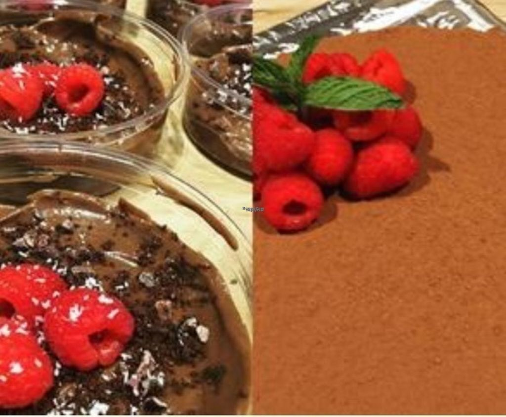 """Photo of CLOSED: Deliciously Dorie's Joyful Juice  by <a href=""""/members/profile/the.friendly.fig"""">the.friendly.fig</a> <br/>Vegan desserts- truffles, raw cake, cheese'cake, chia seed pudding <br/> August 14, 2016  - <a href='/contact/abuse/image/78582/168521'>Report</a>"""