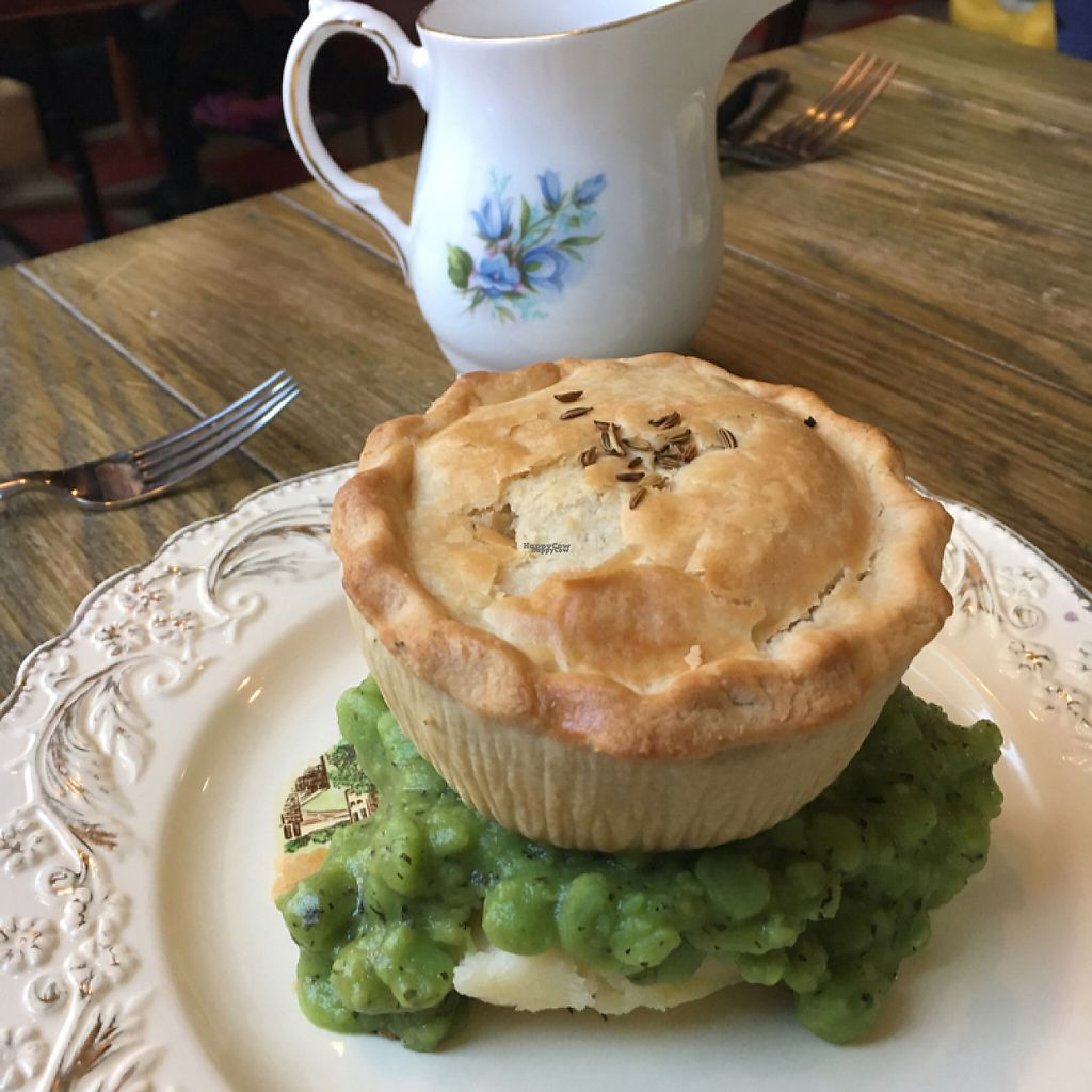 """Photo of Pie & Vinyl  by <a href=""""/members/profile/easypeeler"""">easypeeler</a> <br/>Super furry animals vegan pie with mash, peas and gravy. Delicious! <br/> January 6, 2017  - <a href='/contact/abuse/image/78606/208786'>Report</a>"""
