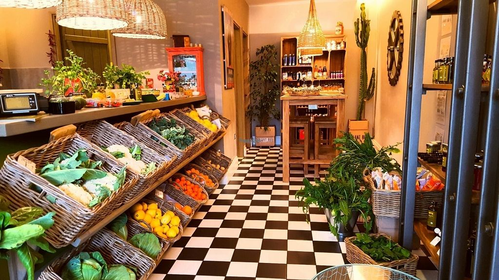 """Photo of Farmout Vitamin Bar  by <a href=""""/members/profile/StavrosPaporakis"""">StavrosPaporakis</a> <br/>fresh organic juises ,fruits and vegetables and vegan meals and salads, gluten Free laktoze Free products <br/> August 15, 2016  - <a href='/contact/abuse/image/78630/168984'>Report</a>"""