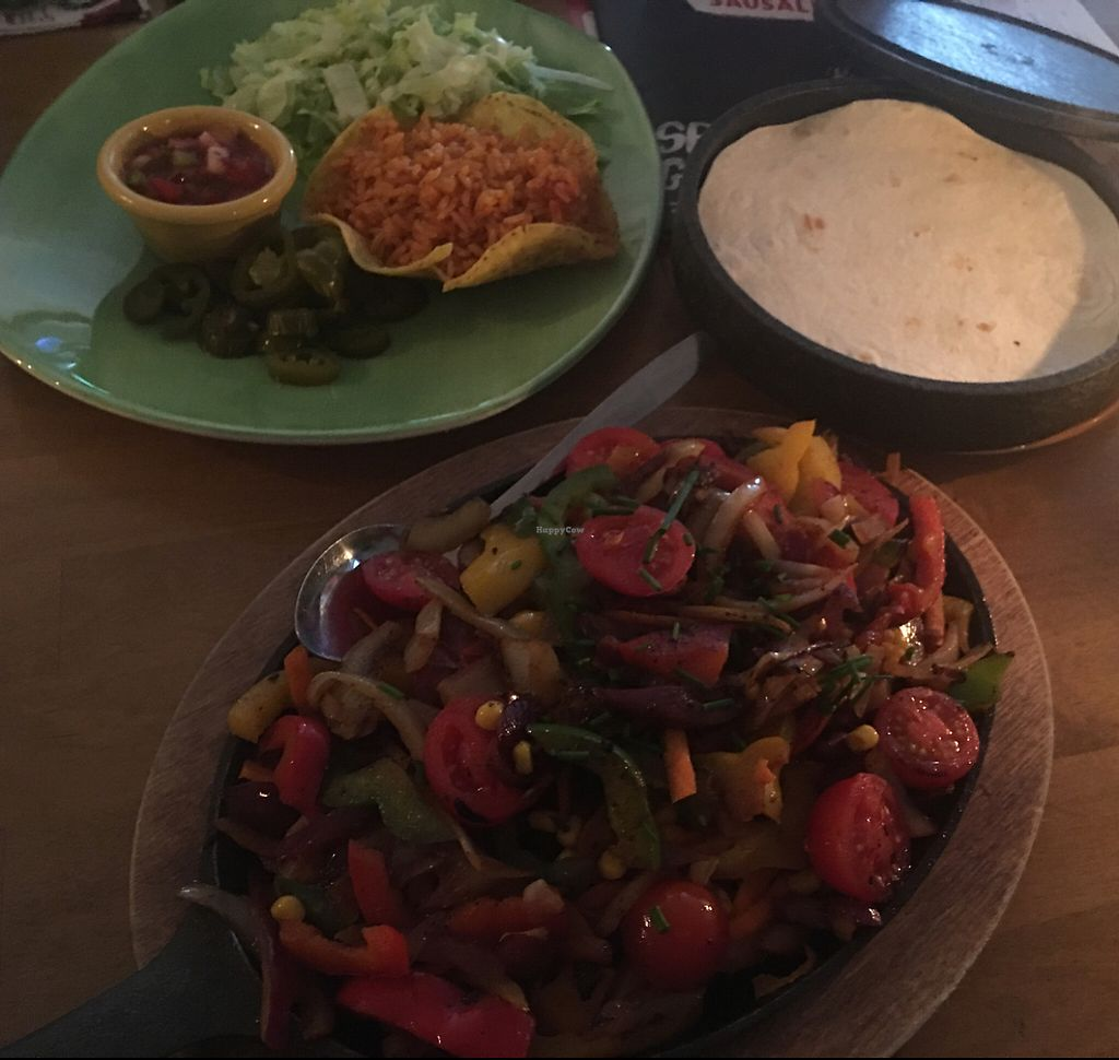 """Photo of Sausalitos  by <a href=""""/members/profile/AndyT"""">AndyT</a> <br/>Vegan Fajita <br/> June 6, 2017  - <a href='/contact/abuse/image/78637/266276'>Report</a>"""