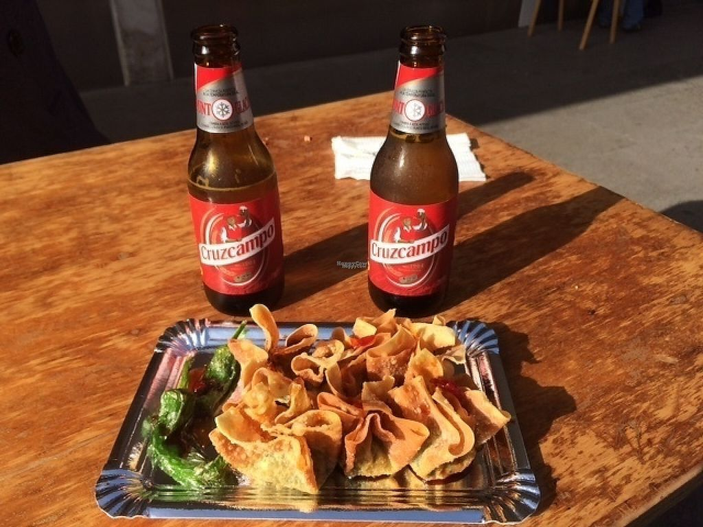 "Photo of La Veganesa  by <a href=""/members/profile/ViGan"">ViGan</a> <br/>Seaweed deep-fried wontons + beers from the stall opposite <br/> January 16, 2017  - <a href='/contact/abuse/image/78665/212517'>Report</a>"