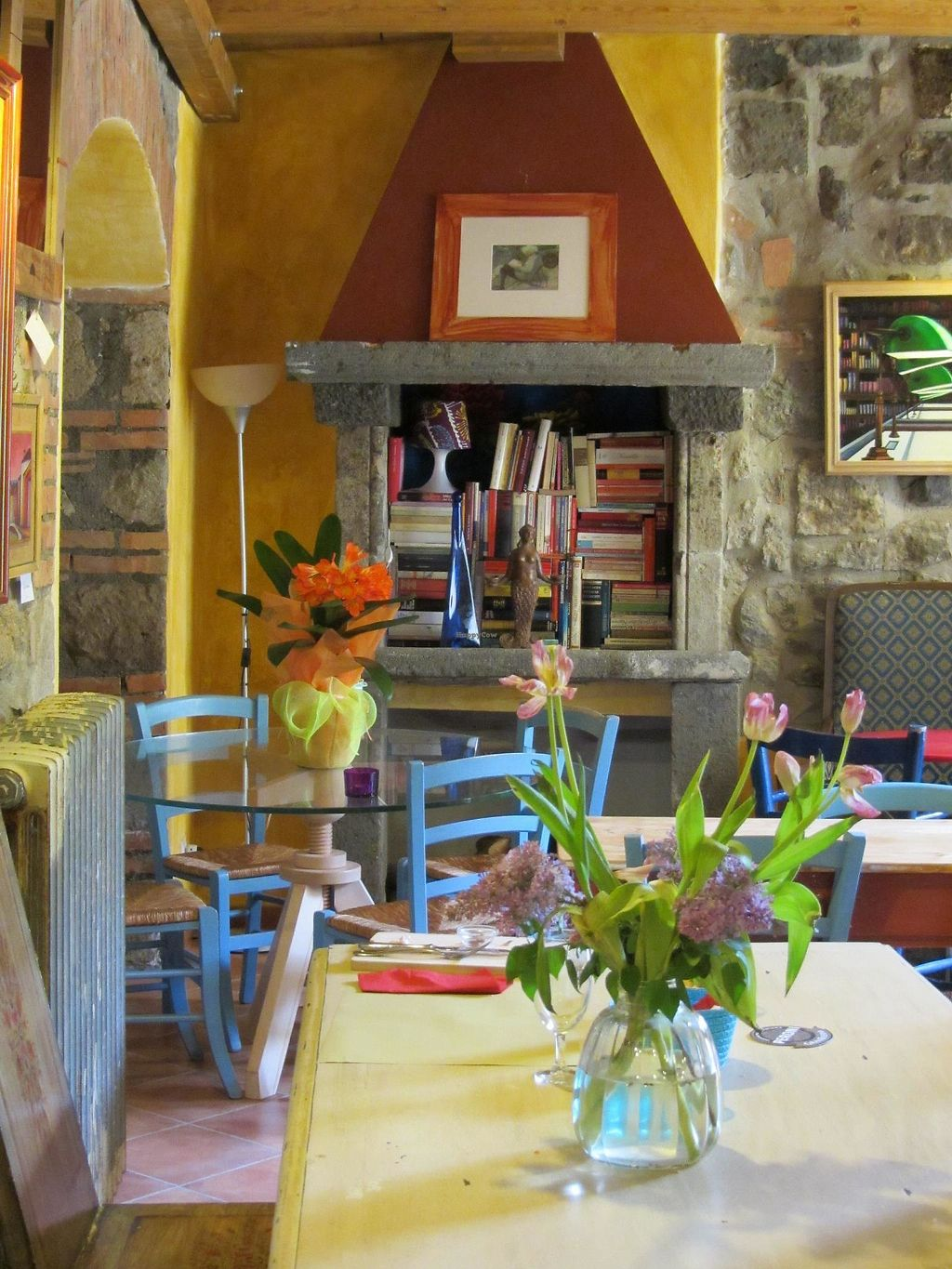 """Photo of Le Sorgenti Libr'Osteria  by <a href=""""/members/profile/KatiaMaurelli"""">KatiaMaurelli</a> <br/>the lunch room <br/> January 3, 2018  - <a href='/contact/abuse/image/78810/342585'>Report</a>"""