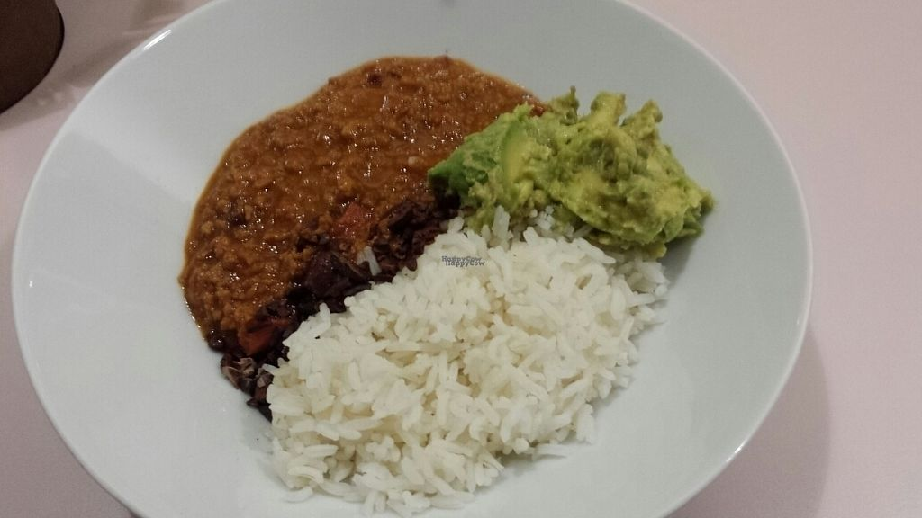 """Photo of Hula Juice Cafe  by <a href=""""/members/profile/MandyRainbowHadley"""">MandyRainbowHadley</a> <br/>vegan chilli bowl <br/> October 27, 2016  - <a href='/contact/abuse/image/78825/184790'>Report</a>"""