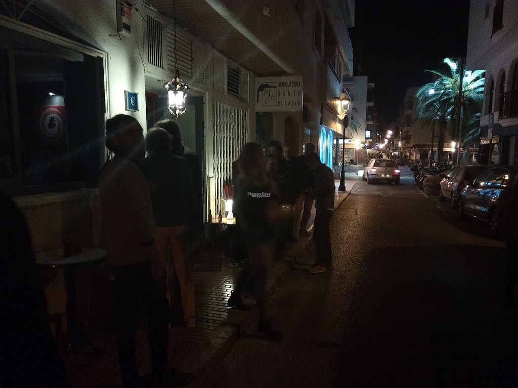 "Photo of CLOSED: Vegi  by <a href=""/members/profile/Caramella76"">Caramella76</a> <br/>Vegi's new location in the city centre of Santa Eulalia where they offer VEGAN food and LIVE JAZZ every night from Monday to Saturday from 7 PM <br/> December 6, 2016  - <a href='/contact/abuse/image/78834/197928'>Report</a>"