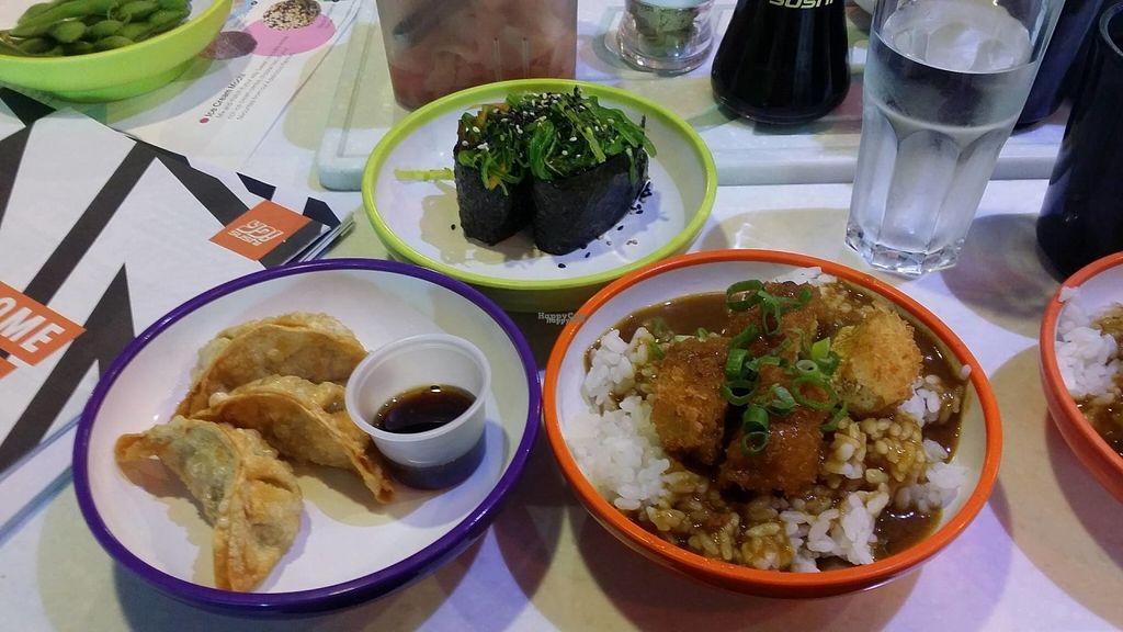 "Photo of Yo Sushi  by <a href=""/members/profile/Yazmin21_"">Yazmin21_</a> <br/>Yasai Gyoza, Kaiso Gunkan, Tofu Katsu Curry <br/> August 17, 2016  - <a href='/contact/abuse/image/78839/169585'>Report</a>"