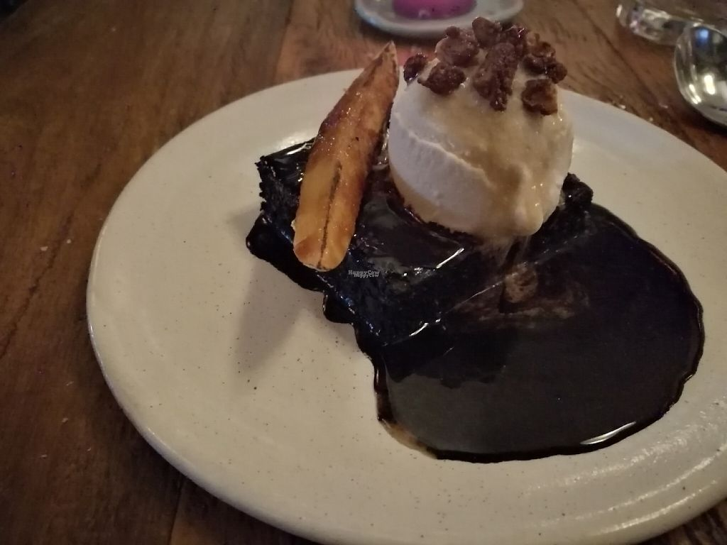 "Photo of Teva  by <a href=""/members/profile/santiagoluz"">santiagoluz</a> <br/>Chocolate brownie w/ coconut and vanilla ice cream. Delicious!  <br/> April 20, 2017  - <a href='/contact/abuse/image/78854/250096'>Report</a>"