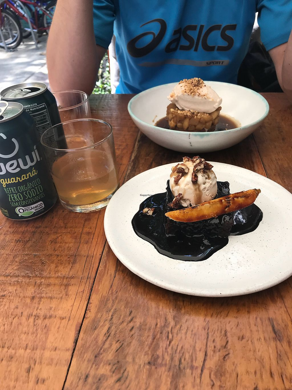 """Photo of Teva  by <a href=""""/members/profile/dazedkiwi"""">dazedkiwi</a> <br/>Brownie & Sticky Toffee Pudding <br/> October 17, 2017  - <a href='/contact/abuse/image/78854/316093'>Report</a>"""