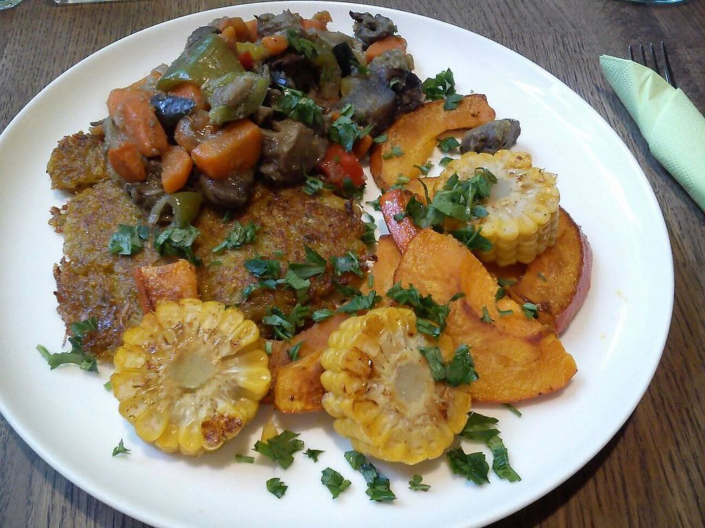 """Photo of CLOSED: veganka  by <a href=""""/members/profile/FernandoMoreira"""">FernandoMoreira</a> <br/>potato and carrot flat cakes with corn pumpkin and veggies <br/> November 27, 2017  - <a href='/contact/abuse/image/78962/329636'>Report</a>"""