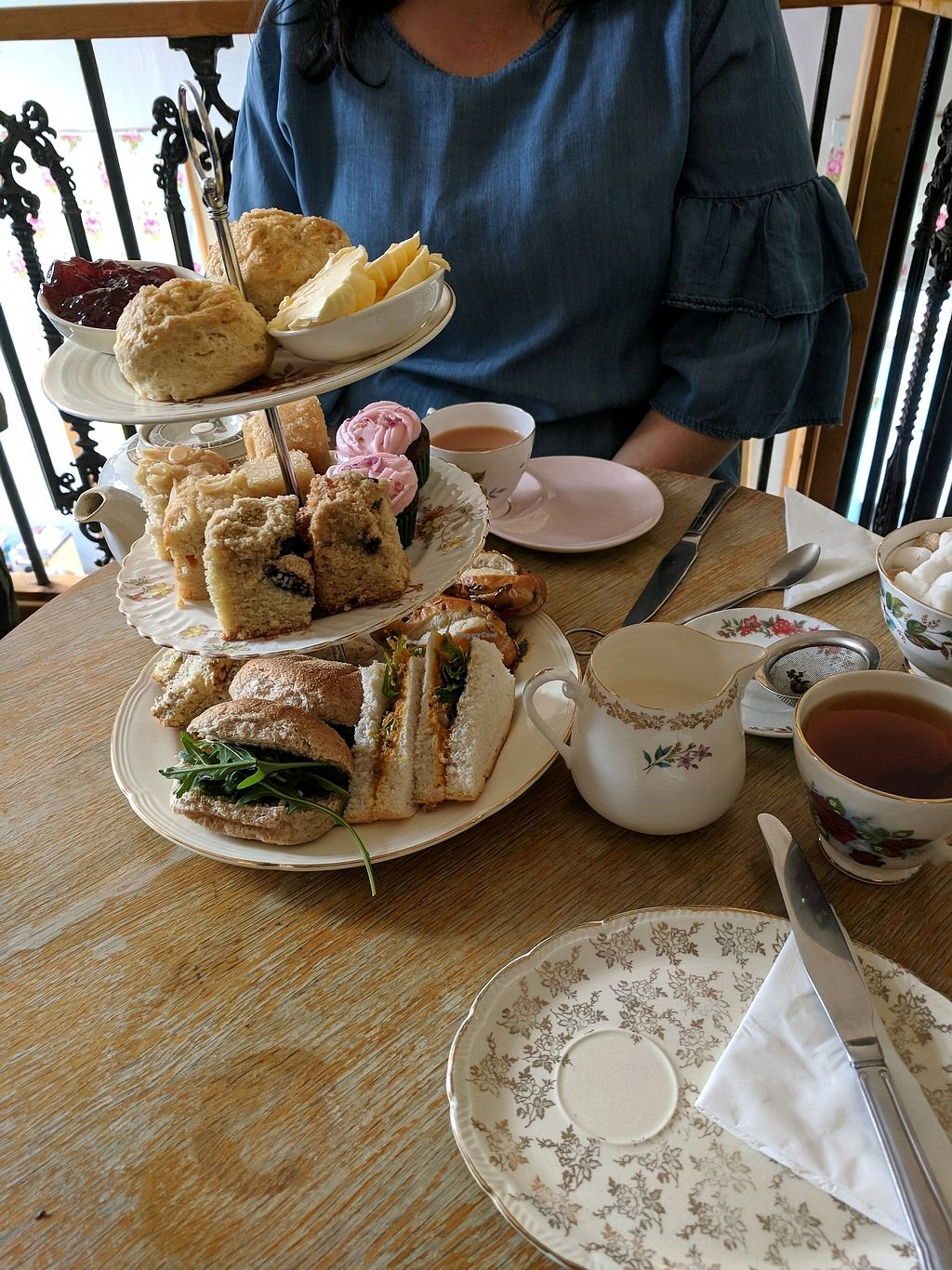 "Photo of Hidden Lane Tea Room  by <a href=""/members/profile/Jalzuri"">Jalzuri</a> <br/>vegan afternoon tea  <br/> March 12, 2018  - <a href='/contact/abuse/image/78990/369843'>Report</a>"