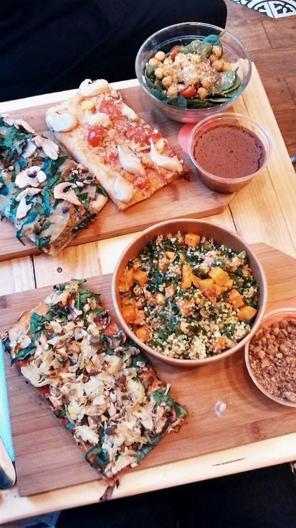 """Photo of Hank Vegan Pizza  by <a href=""""/members/profile/BlisterBlue"""">BlisterBlue</a> <br/>Yummy pizzas <br/> January 10, 2017  - <a href='/contact/abuse/image/79001/210322'>Report</a>"""