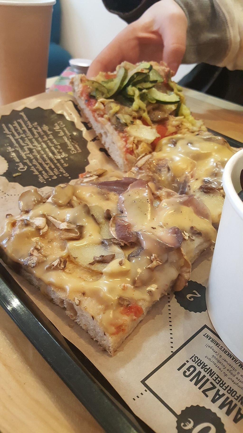 """Photo of Hank Vegan Pizza  by <a href=""""/members/profile/ThomasTieyre"""">ThomasTieyre</a> <br/>Pizza """"Montagnarde"""" : pommes de terre, oignons et fromage vegan fondant <br/> May 13, 2018  - <a href='/contact/abuse/image/79001/399146'>Report</a>"""