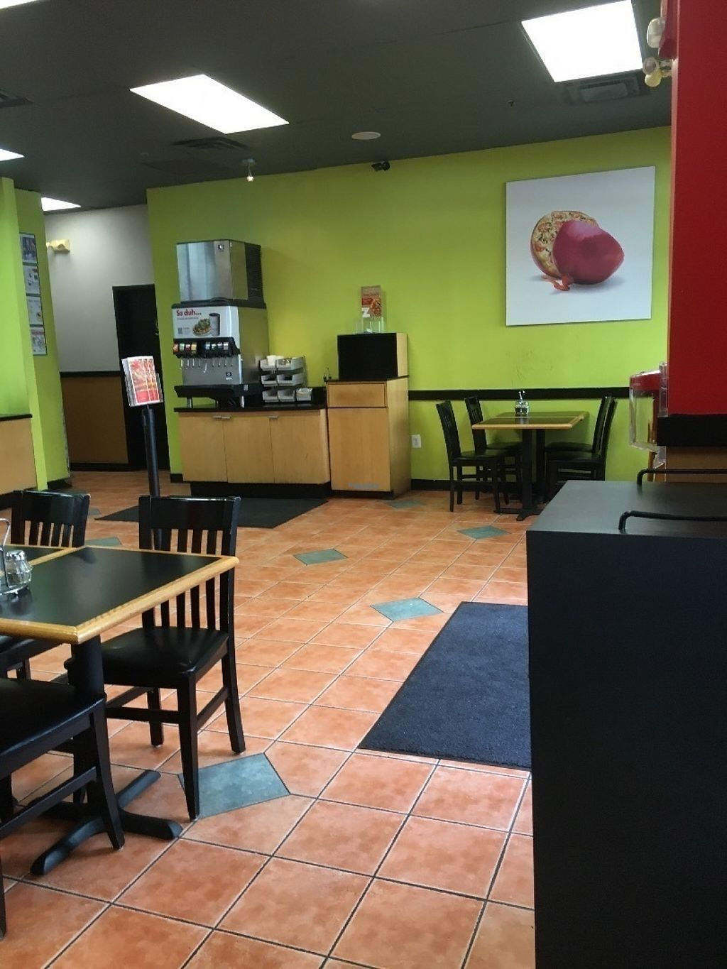 """Photo of CLOSED: zpizza  by <a href=""""/members/profile/cookiem"""">cookiem</a> <br/>Seating <br/> August 22, 2016  - <a href='/contact/abuse/image/79088/170820'>Report</a>"""