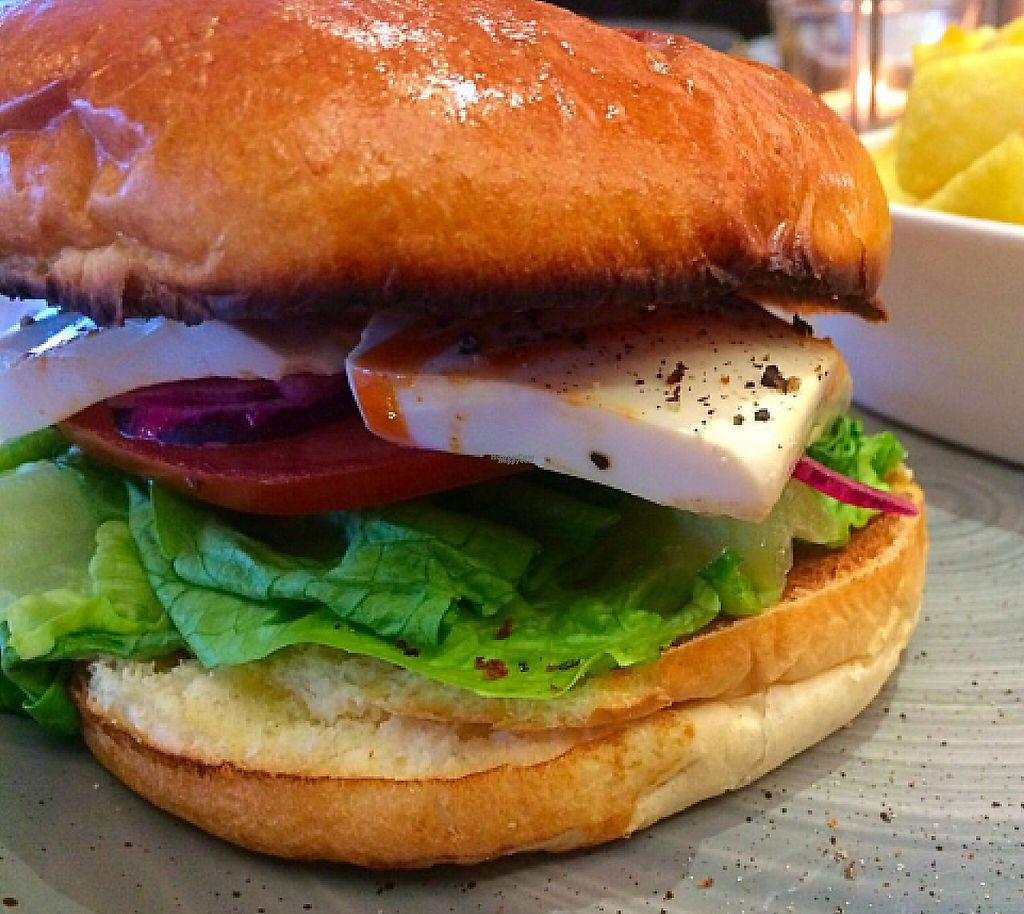 "Photo of Shed Bistro  by <a href=""/members/profile/CiaraSlevin"">CiaraSlevin</a> <br/>BBQ Tofu Burger <br/> August 23, 2016  - <a href='/contact/abuse/image/79093/240468'>Report</a>"