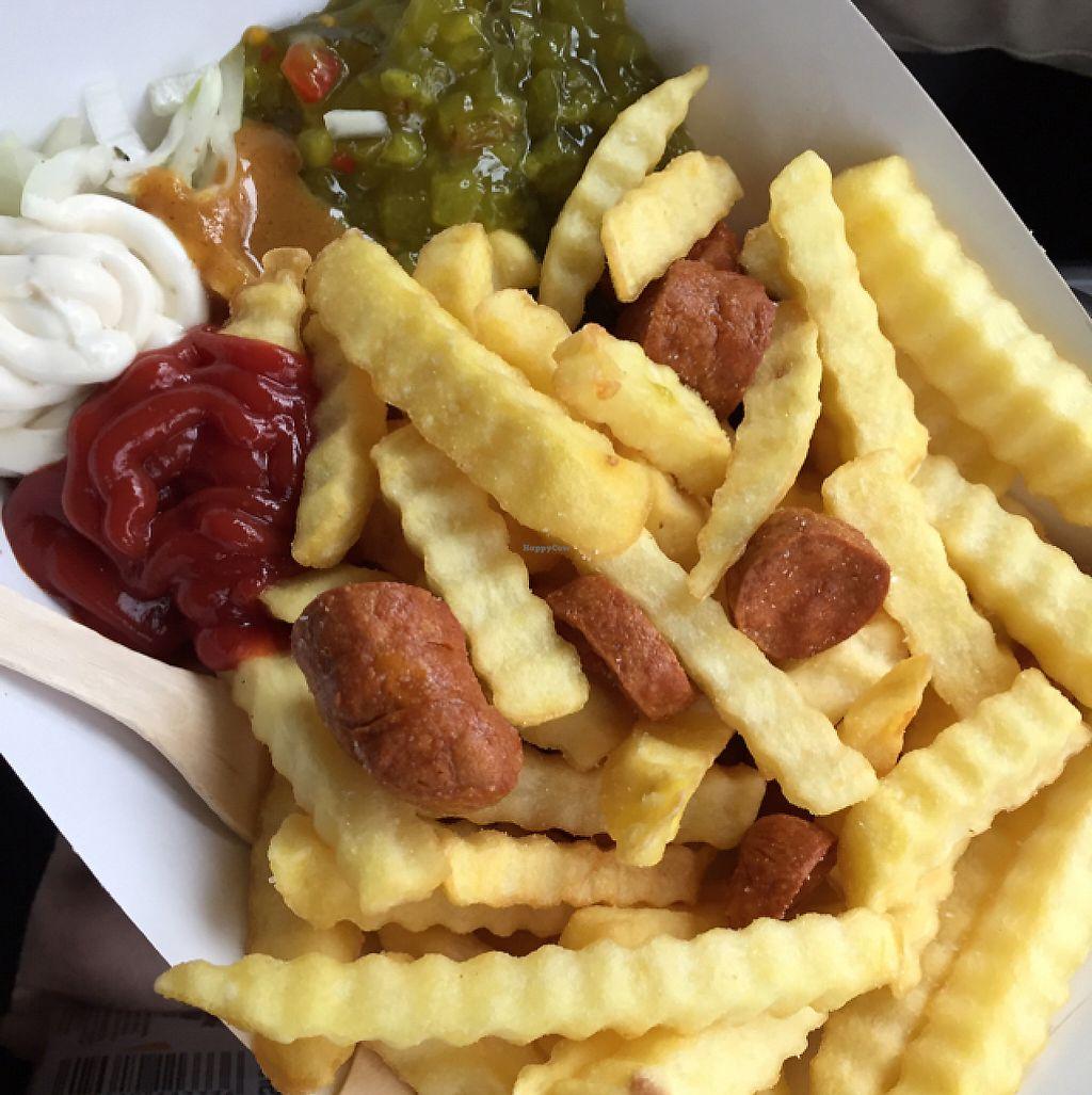 "Photo of Jänö  by <a href=""/members/profile/Herkkuli"">Herkkuli</a> <br/>fries and sausages (makkaraperunat) with really good mayonnaise (kaikilla mausteilla!!) <br/> May 14, 2017  - <a href='/contact/abuse/image/79122/258764'>Report</a>"