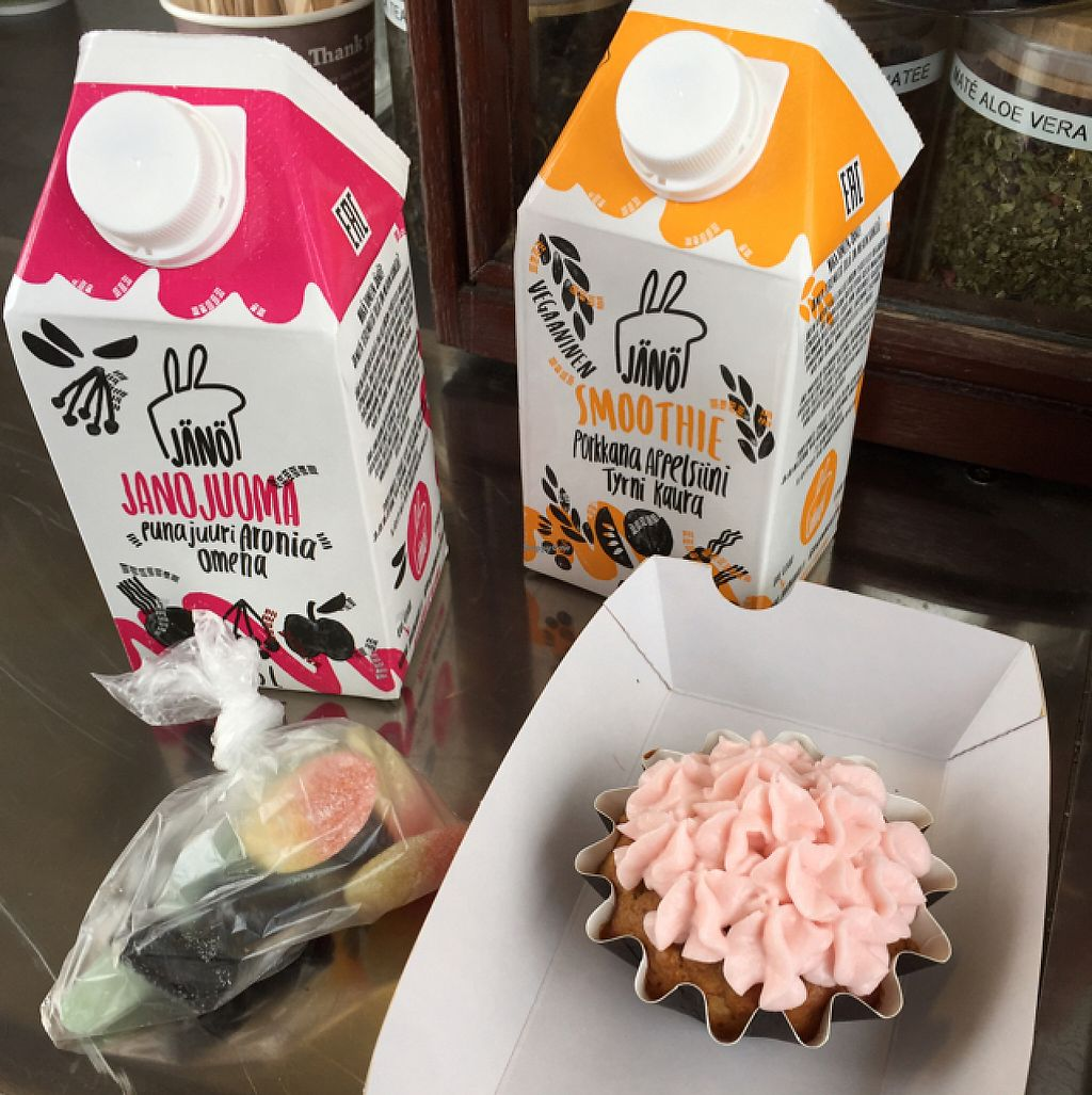 """Photo of Jänö  by <a href=""""/members/profile/Herkkuli"""">Herkkuli</a> <br/>You van usually score some baked goods as well! They have their own juice brand, too! <br/> May 14, 2017  - <a href='/contact/abuse/image/79122/258765'>Report</a>"""