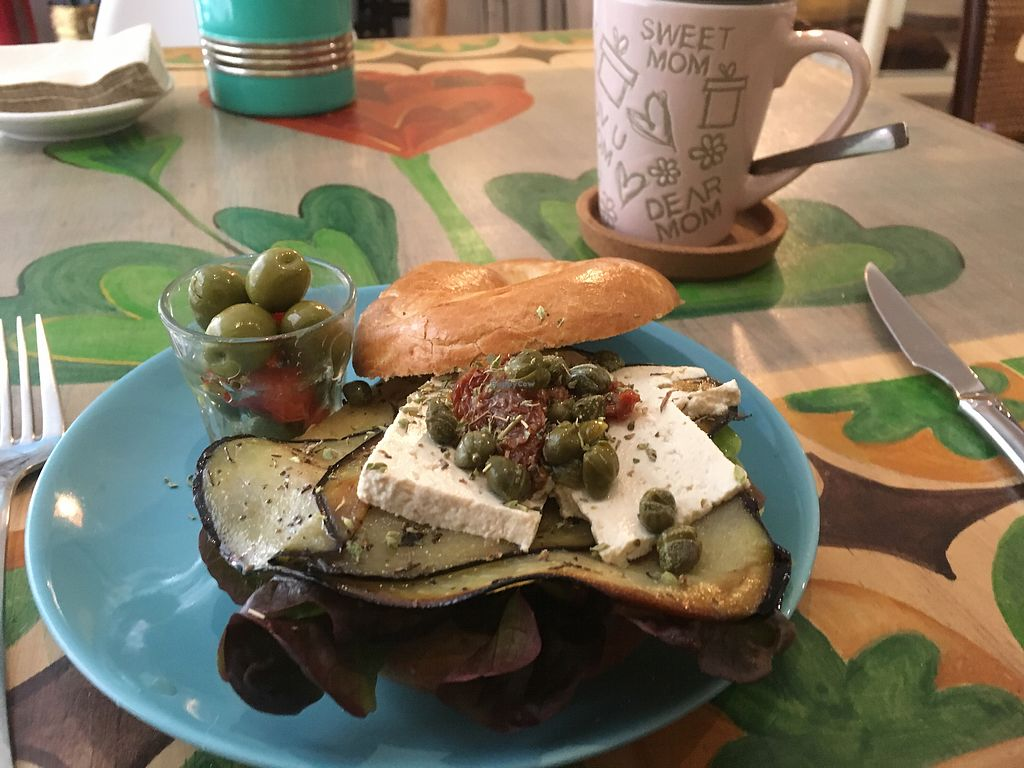 """Photo of CLOSED: Brotchen Cafe  by <a href=""""/members/profile/Vickoz"""">Vickoz</a> <br/>Greek bagel with tofu <br/> January 14, 2018  - <a href='/contact/abuse/image/79171/346559'>Report</a>"""
