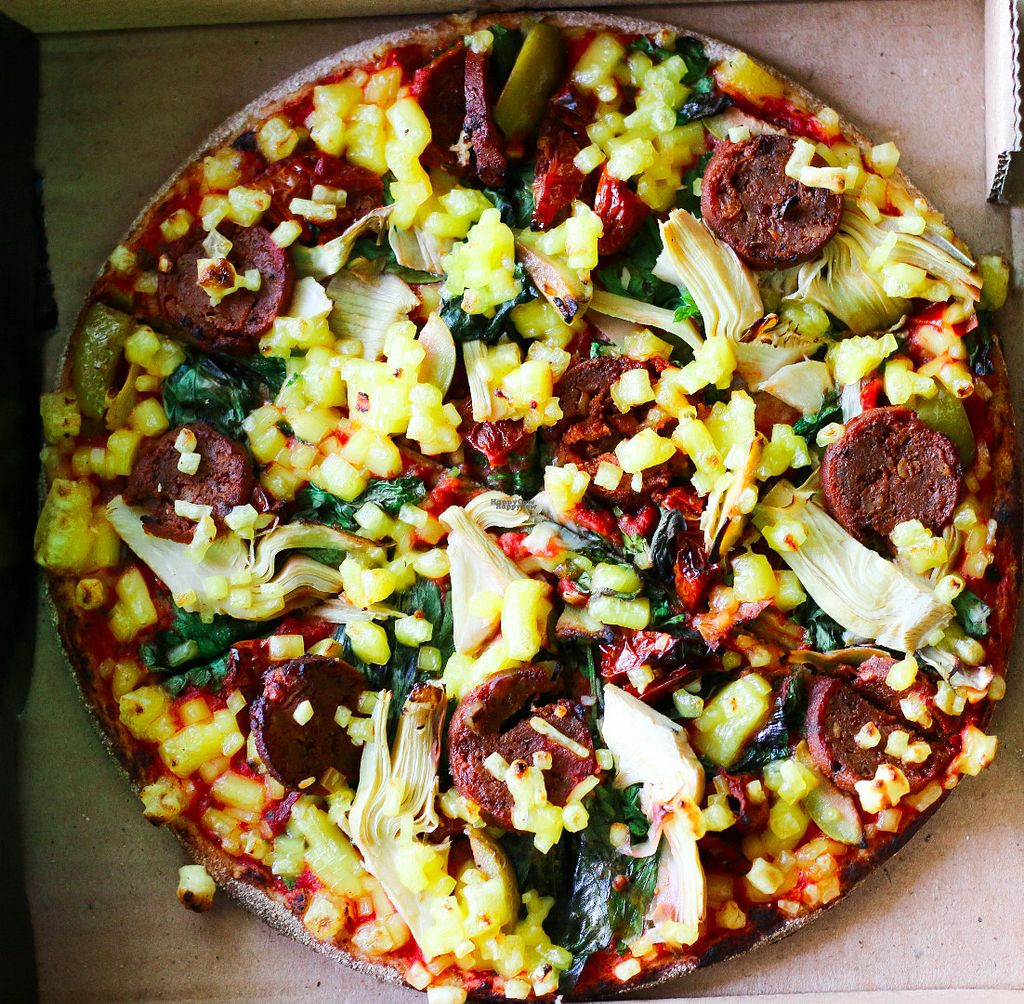 """Photo of Freedom Pizza  by <a href=""""/members/profile/myvegandubai"""">myvegandubai</a> <br/>Pizza topped with vegan sausage and vegetables! <br/> August 26, 2016  - <a href='/contact/abuse/image/79179/171499'>Report</a>"""