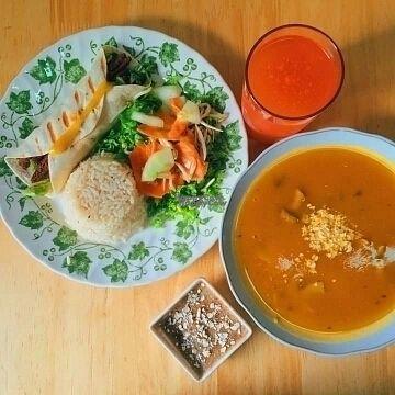 "Photo of Ginkgo Restaurante  by <a href=""/members/profile/EstebanVel%C3%A1squez"">EstebanVelásquez</a> <br/>Menu <br/> August 26, 2016  - <a href='/contact/abuse/image/79191/171602'>Report</a>"