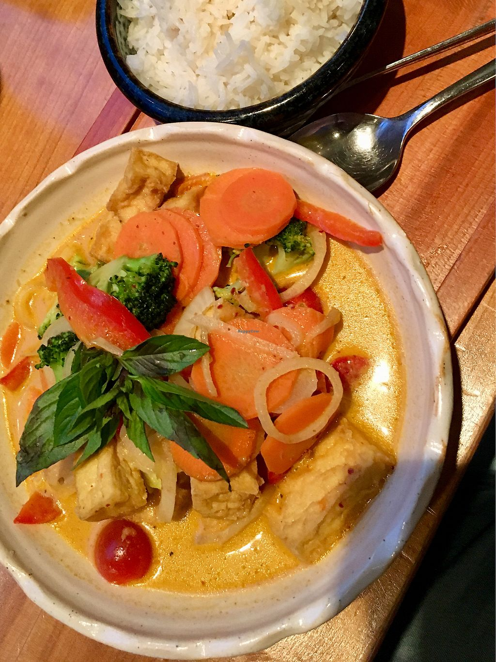 "Photo of Vi Pho  by <a href=""/members/profile/Djtofu"">Djtofu</a> <br/>Red curry tofu  <br/> April 10, 2018  - <a href='/contact/abuse/image/79238/383468'>Report</a>"