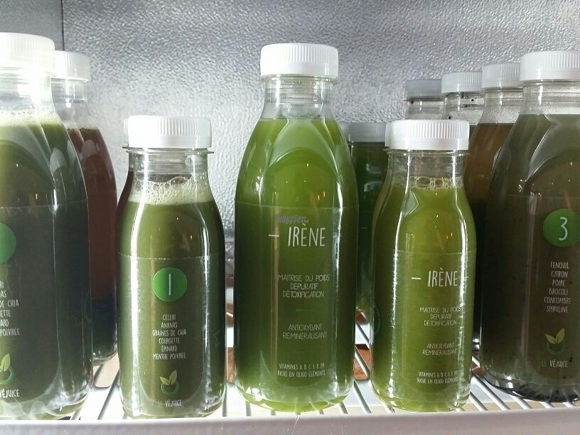 """Photo of Le Vejuice  by <a href=""""/members/profile/eric"""">eric</a> <br/>cold pressed juice <br/> October 6, 2016  - <a href='/contact/abuse/image/79241/180074'>Report</a>"""