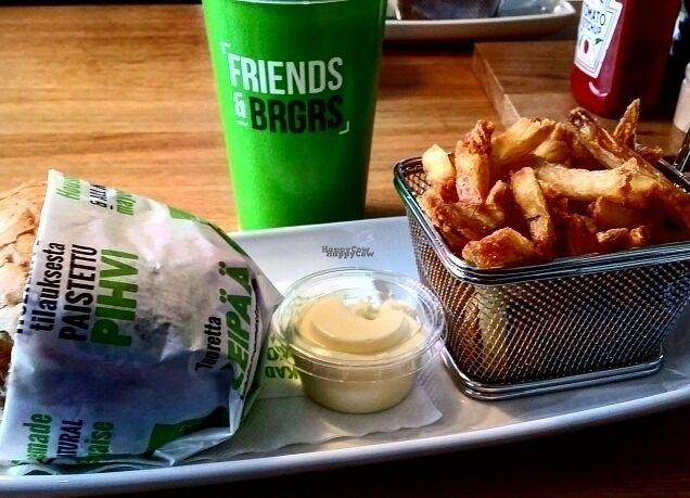 """Photo of Friends & Brgrs  by <a href=""""/members/profile/robinsorbom"""">robinsorbom</a> <br/>vegan meal with vegan aioli <br/> October 10, 2016  - <a href='/contact/abuse/image/79254/181262'>Report</a>"""