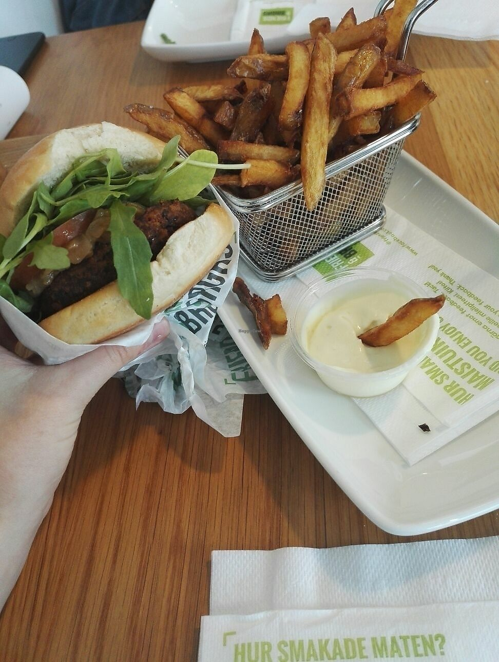 "Photo of Friends & Brgrs  by <a href=""/members/profile/sivke"">sivke</a> <br/>Vegan burger, fries and dip <br/> July 25, 2017  - <a href='/contact/abuse/image/79256/284697'>Report</a>"
