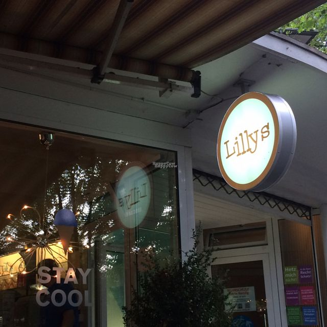 "Photo of Lilly's Eiscafe  by <a href=""/members/profile/StrilliVanilli"">StrilliVanilli</a> <br/>It also has outdoor seating.  <br/> August 27, 2016  - <a href='/contact/abuse/image/79296/171854'>Report</a>"